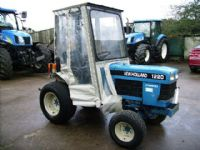 New Holland 1220 4wd c/w cab