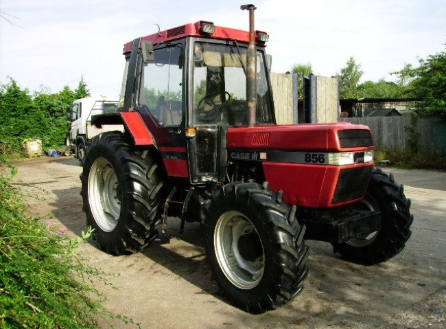 Case 856 XL Plus tractor, 40K and Creep