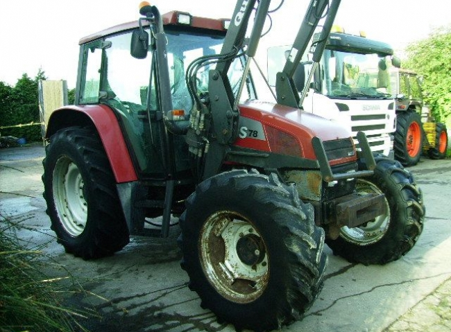 Case CS78 4wd Tractor c/w Quickie 720 Power Loader