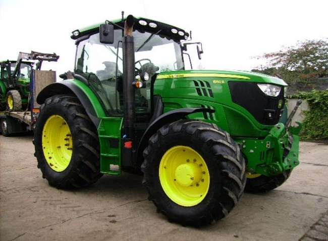 John Deere 6150R 4wd AQ+, 50K, Air brakes, F/Links