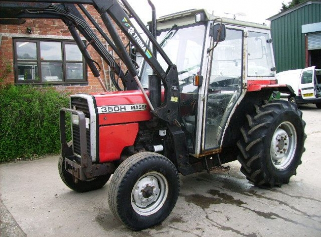 MF 350H 2wd c/w Trima 1090 Power Loader