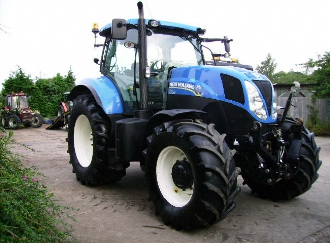 New Holland T7.200 4wd, Power Command, 50k, Air Brakes