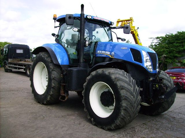 NH T7 235 4wd, 50k, Auto Command - New Holland - SOLD